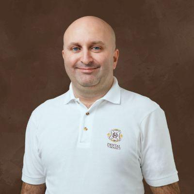 Врач стоматолог-хирург, имплантолог, ортопед Алескеров Эльчин Шахинович