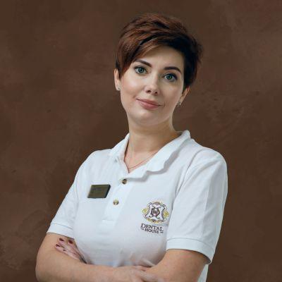 Врач стоматолог-хирург, имплантолог, челюстно-лицевой хирург, пародонтолог Старостина Екатерина Леонидовна